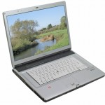 Fujitsu-Siemens LifeBook E8210 Review by TrustedReviews
